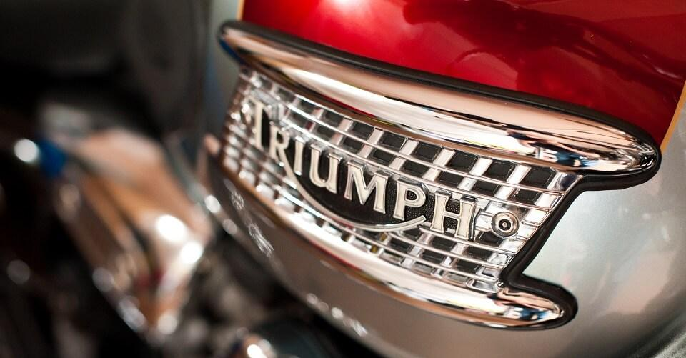 triumph-thunderbird-tank-badge1.jpg