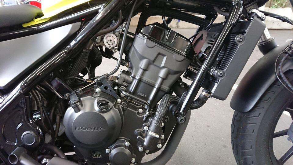 HONDA Rebel 250 エンジン