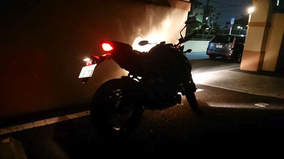 夜のGSX-S750